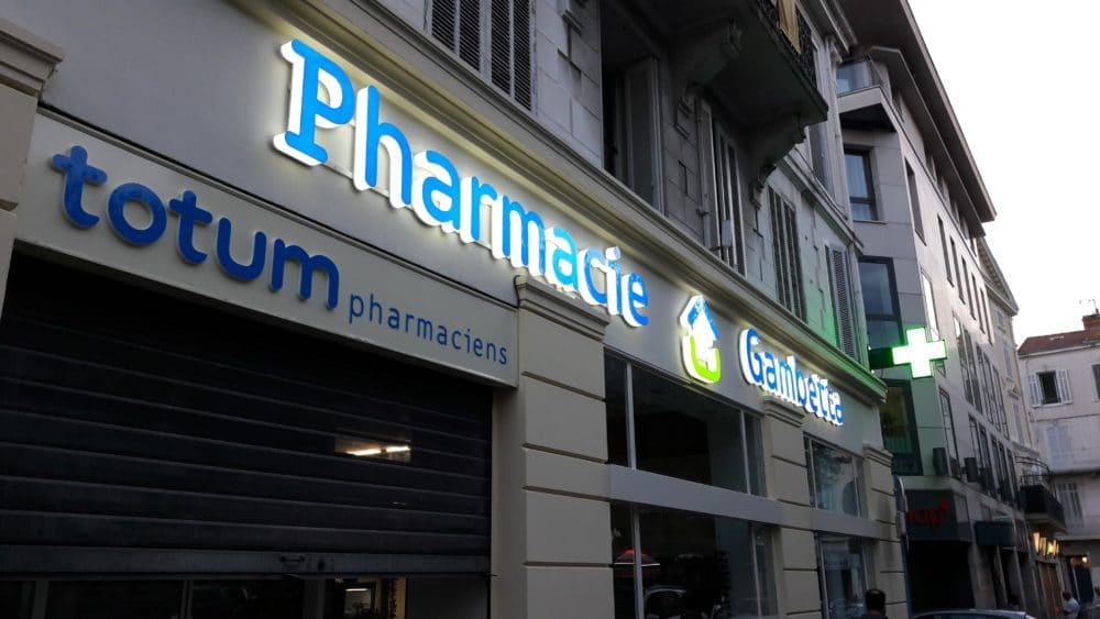 Enseigne lumineuse pharmacie enseigne led pharmacie signalétique intérieur et extérieur pharmacie enseigniste Toulouse