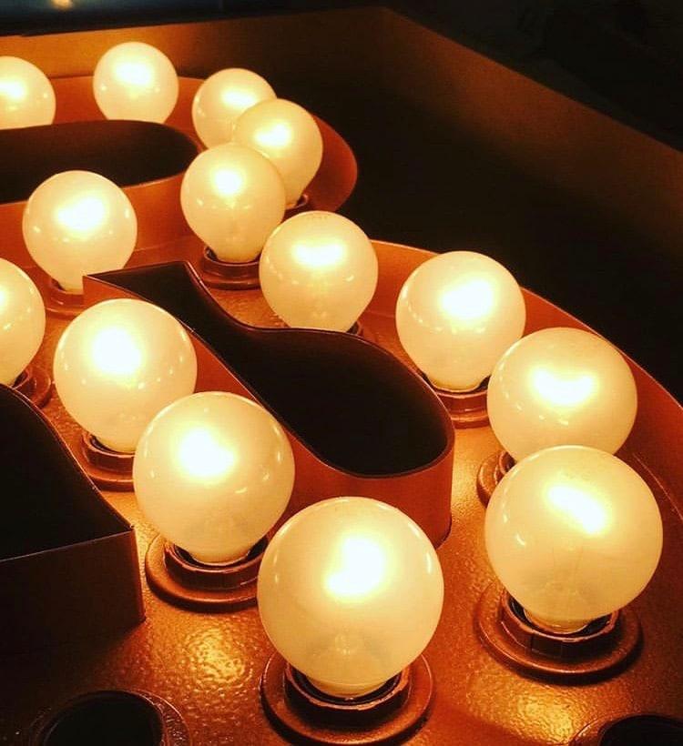 Enseigne ampoule led toulouse
