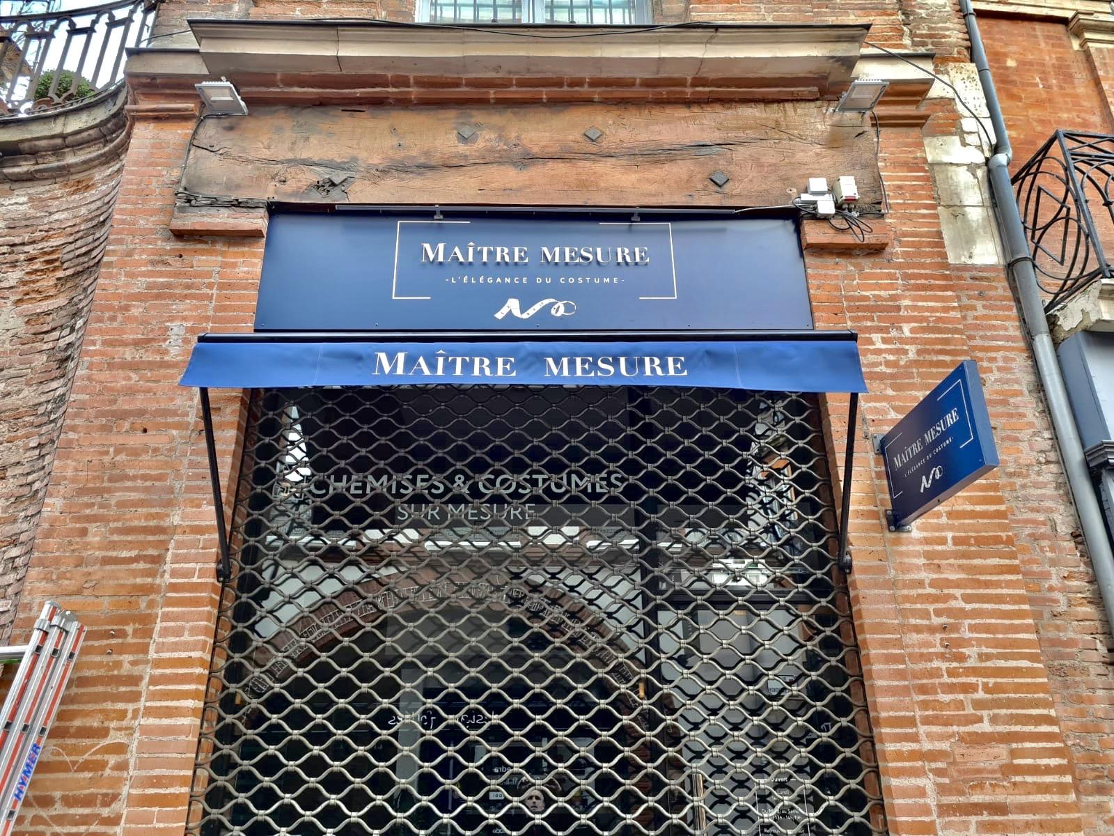 Enseigne lumineuse Toulouse store
