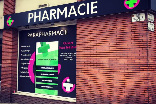 Enseigne lumineuse led Toulouse signalétique pharmacie et marquage vitrine