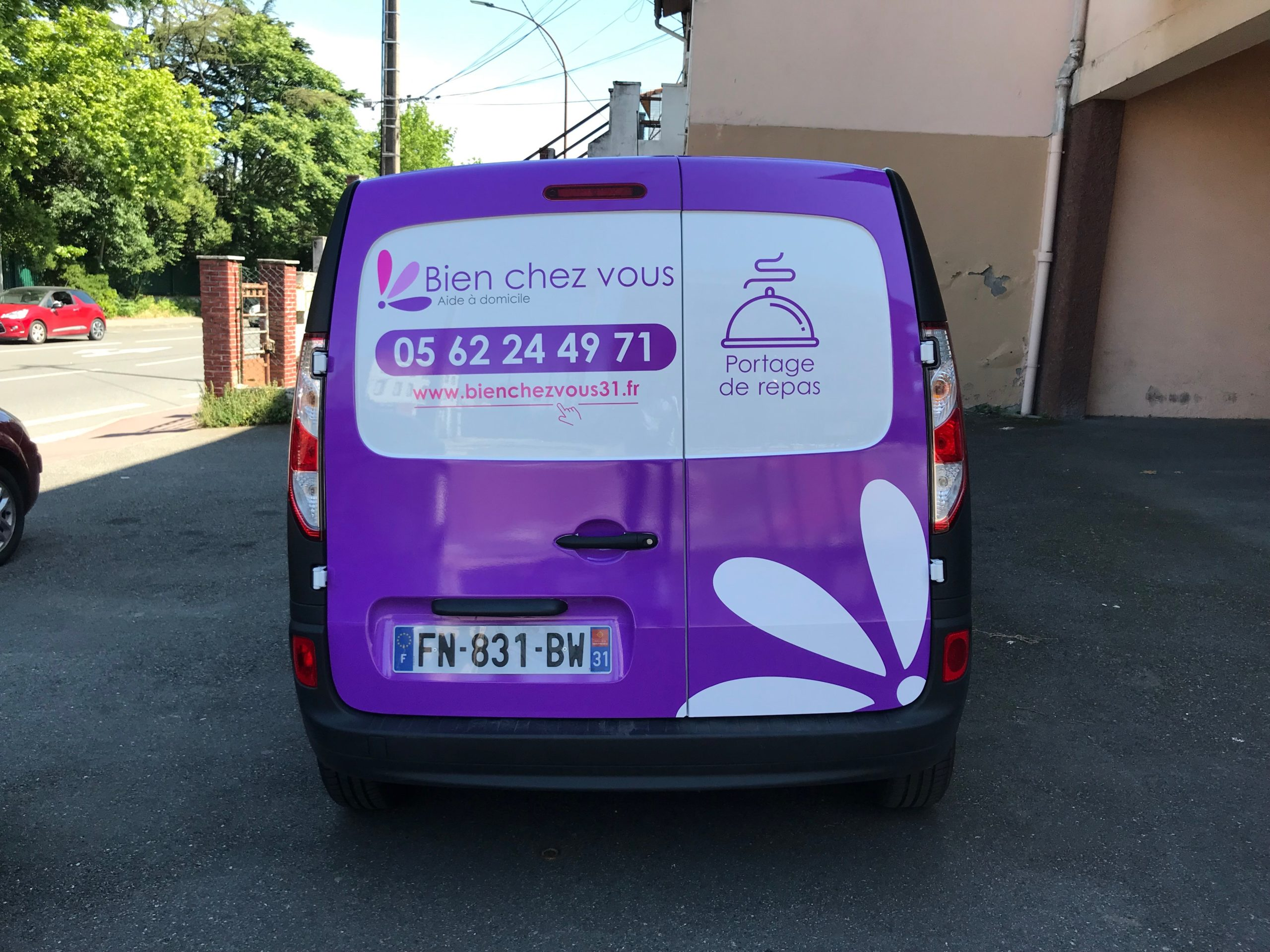 Marquage voiture Toulouse flocage utilitaire