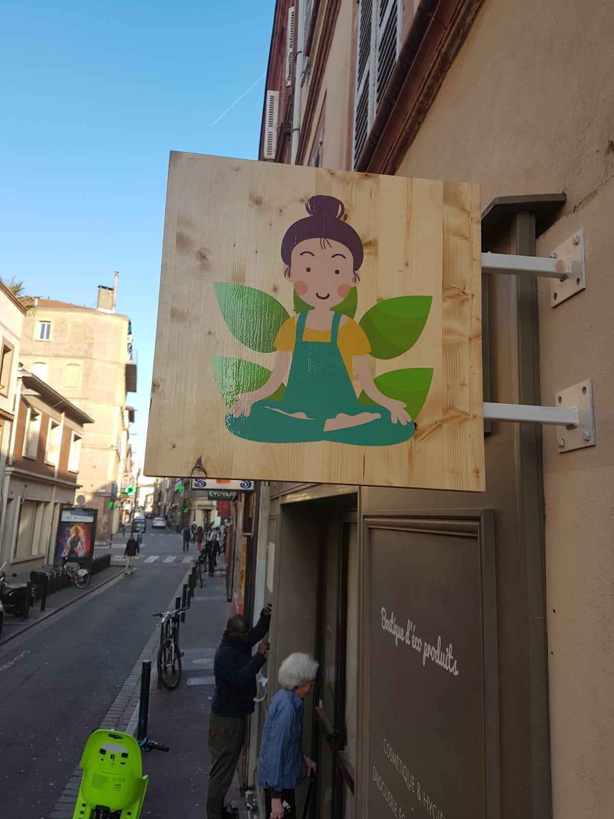 enseigne Toulouse enseigne lumineuse led la mistinguette et enseigne drapeau
