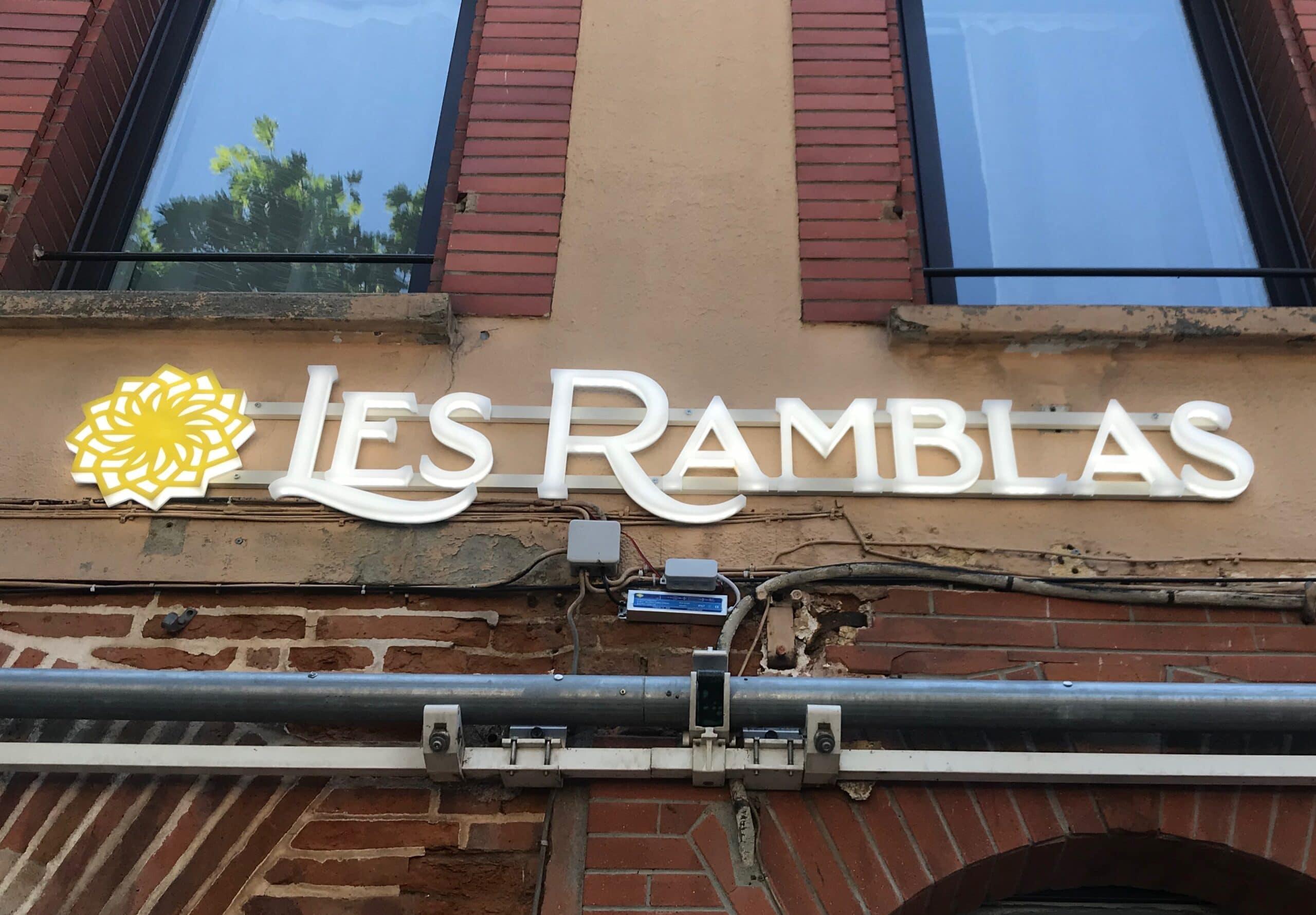 Enseigne lumineuse led et signalétique les ramblas Toulouse (1)