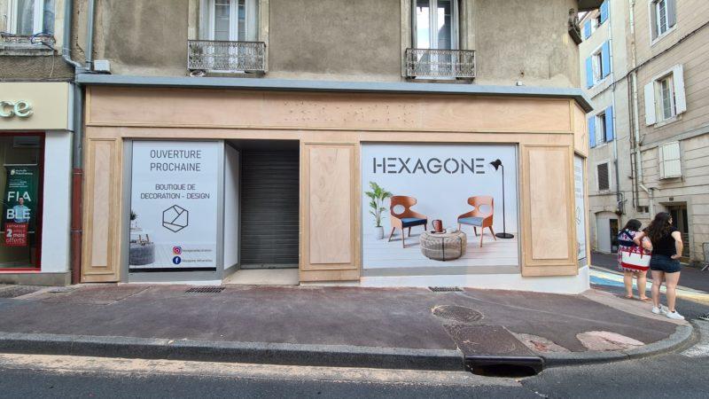 Habillage façade moulures bois commerce Toulouse