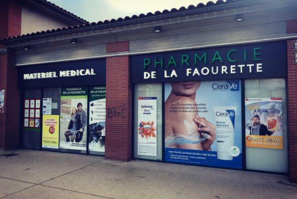 Enseigne led Toulouse croix de pharmacie